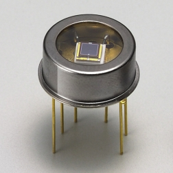 Hamamatsu S2592-03 фотодіод Si, 2.4 × 2.4mm, 190 - 1100nm, TO-8, TE-cooled